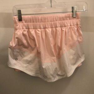lululemon athletica Skirts - Lululemon pink and white skirt, sz 4, 71249